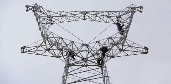China upgrade grid transmission