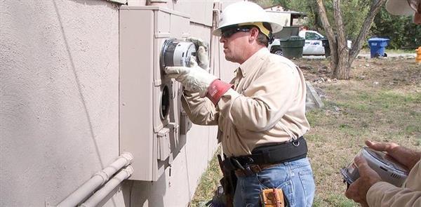 Smart meter rollout in Memphis city