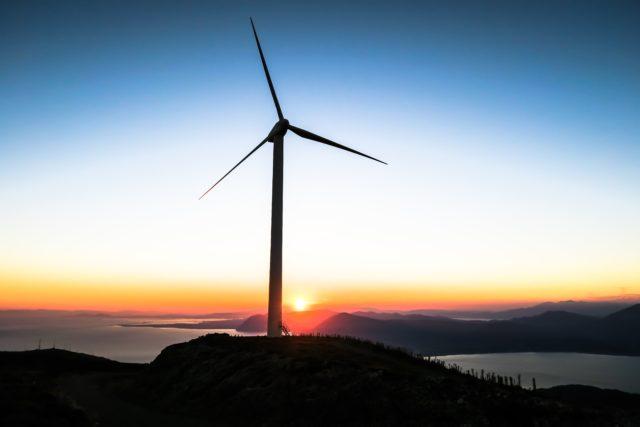 wind vs solar
