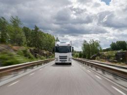 Emissions free truck