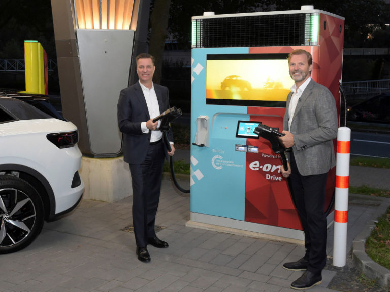E.ON, Volkswagen launch plug-and-play fast EV charger