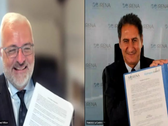 IRENA, Hydrogen Council's directors sign MoU on green hydrogen deployment